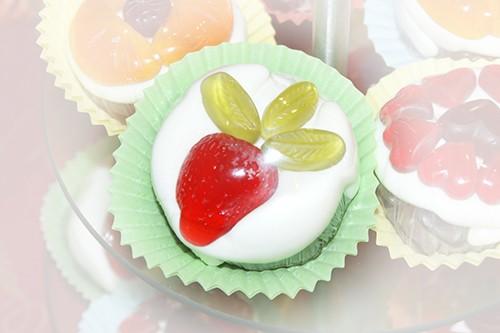 """Fruchtgummi Muffin """"Erdbeere"""""""