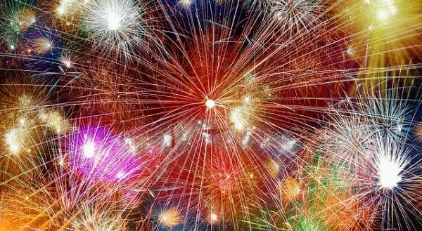 3_Warum-feiern-wir-eigentlich-Silvester-2